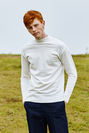 AWESOME IMAGINATION STANDARD WOOL HALF TURTLE NECK White